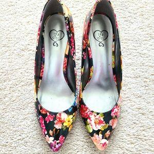 Floral printed heels